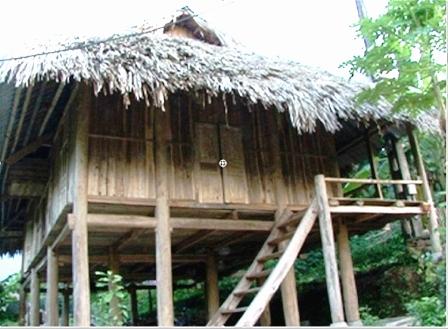 Stilt house of the Muong Bi in Hoa Binh
