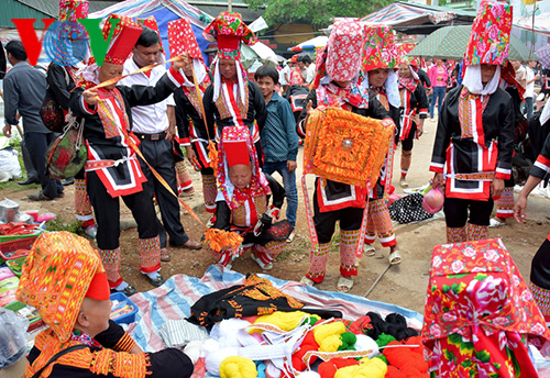 Festival of the Dao in Binh Lieu