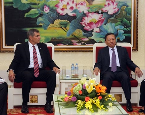 Vietnam, US increase cooperation on MIA issue