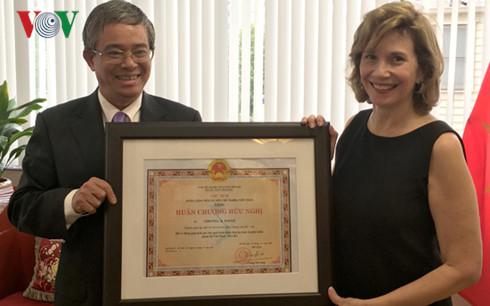 Friendship Order conferred on AmCham Governor in Vietnam