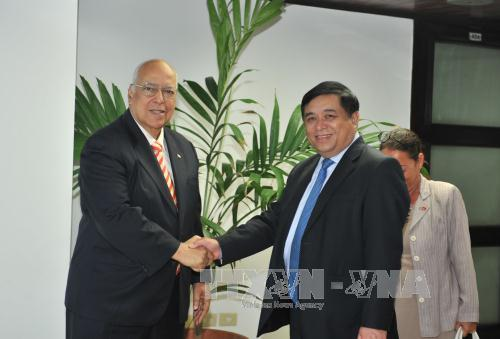 Minister of Planning and Investment concludes visit to Cuba