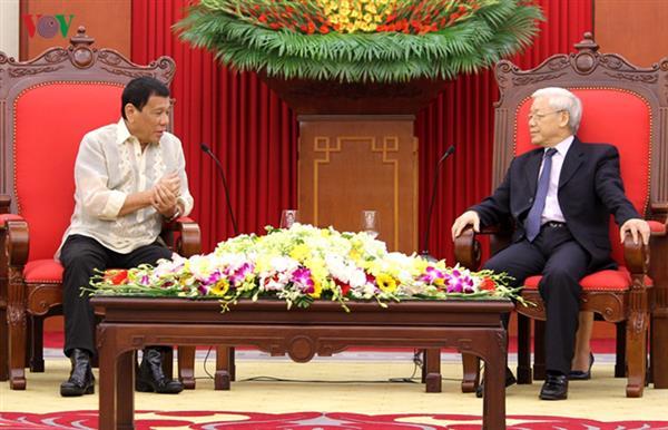 Philippine President concludes visit to Vietnam