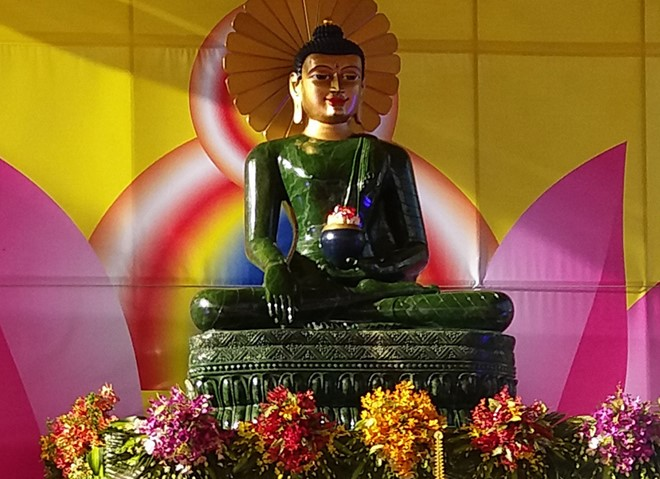 Soc Trang welcomes Jade Buddha for Universal Peace