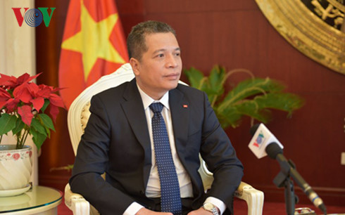 Strengthening the Vietnam-China friendship