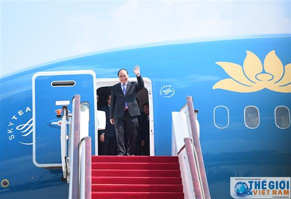 PM Nguyen Xuan Phuc attends World Economic Forum