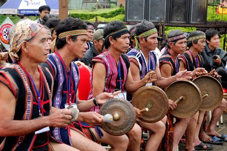 Gongs keep Chau Ro's cultural identities alive