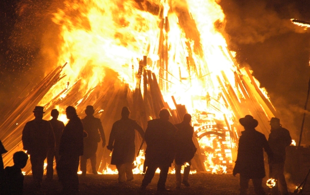 Bonfire Night traditions in Britain