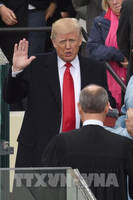国际社会希望与美国新总统合作