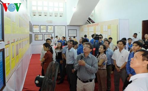 Ausstellung von Karten und Dokumenten über Hoang Sa und Truong Sa in Ha Nam
