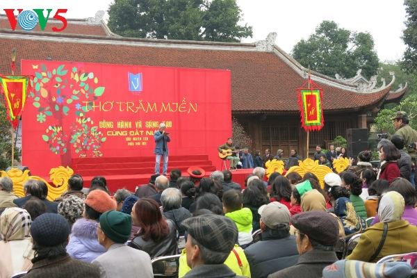Beeindruckende Momente am vietnamesischen Gedichttag im Literaturtempel
