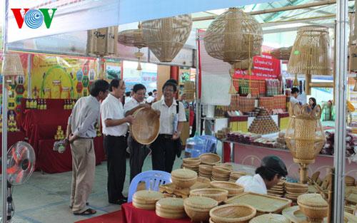 Vietnamesen bevorzugen vietnamesische Waren für das Ziel der Entwicklung des Landes