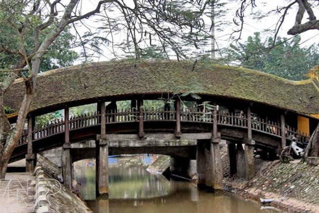 Vorstellung der Ngoi-Brücke, Luong-Pagode und des Phong Lac-Tempels in Hai Hau