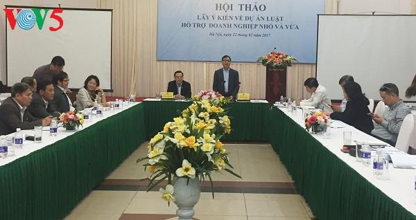 Seminar über Gesetzesentwurf zur Unterstützung kleiner und mittlerer Unternehmen