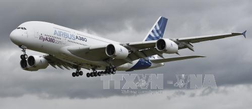 US allows Airbus and Boeing to sell planes to Iran
