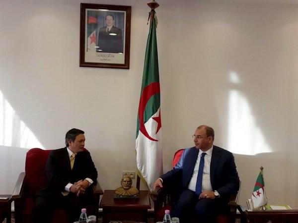 Vietnam promotes business links with Algeria