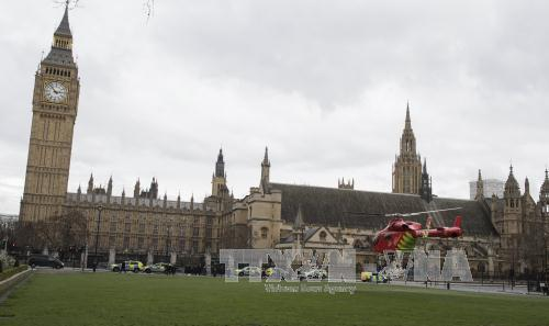 3 dead and 40 injured in UK Parliament attack