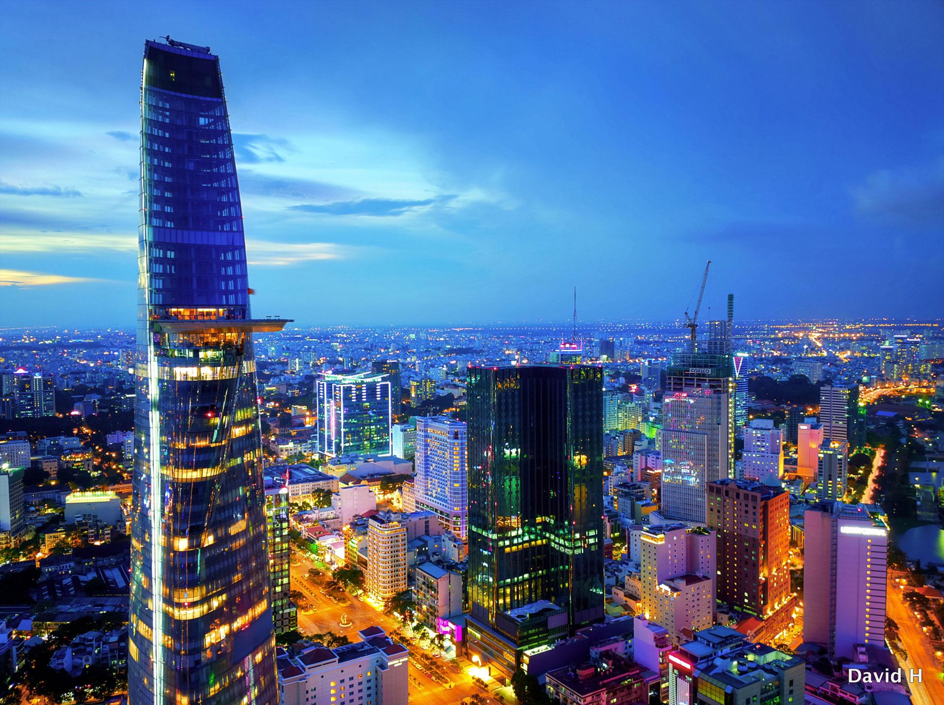 """Xây dựng Thành phố Hồ Chí Minh trở thành """"Hòn ngọc chiếu sáng Biển Đông"""""""