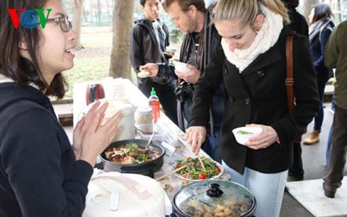 Món ăn bình dân Việt gây ấn tượng với người dân Séc