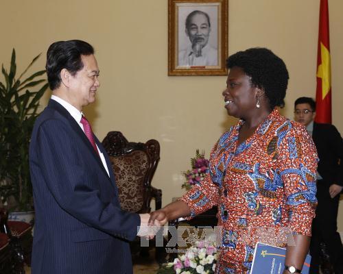 Thủ tướng Nguyễn Tấn Dũng tiếp bà Victoria Kwakwa, Giám đốc Quốc gia Ngân hàng Thế giới tại Việt Nam