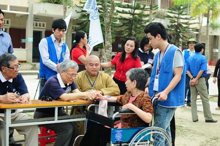 Thượng tọa Thích Giải Hiền và nguyện ước chia sẻ khó khăn với đồng bào nghèo