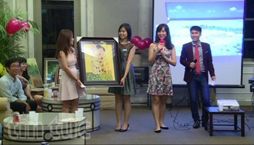 Gần 120 học sinh nghèo vượt khó của Việt Nam được nhận học bổng Hoa Phong lan