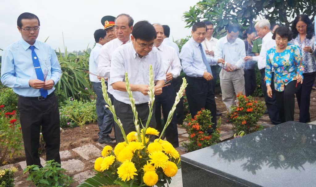 Kỷ niệm 105 năm ngày sinh của cố Giáo sư, Nhà giáo nhân dân, Anh hùng lao động Trần Văn Giàu