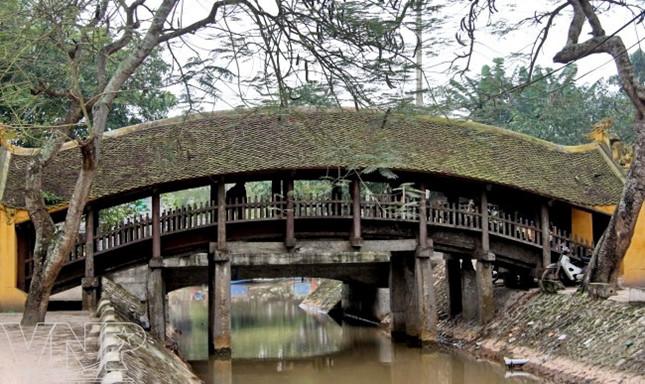 Cầu Ngói, chùa Lương, đình Phong Lạc của huyện Hải Hậu, Nam Định