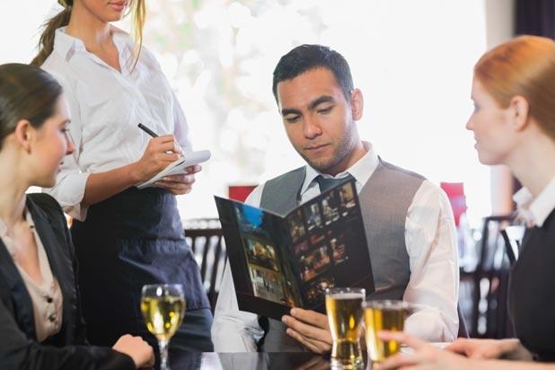 Bài 10: Chủ đề ở nhà hàng (Tiết 3)