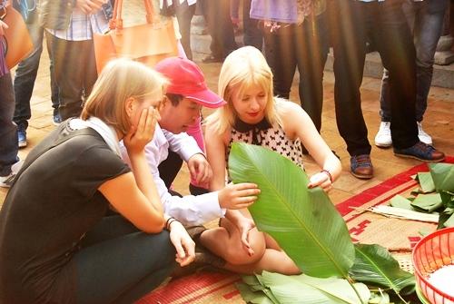 Người nước ngoài đón Tết Việt Nam
