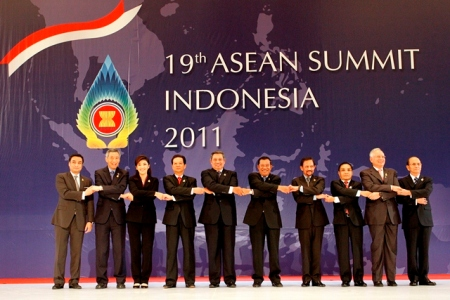 Cambodia takes over ASEAN Chair for 2012