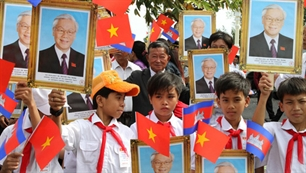 Vietnam and Cambodia consolidate traditional frienship