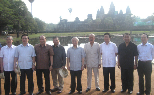 Party leader successfully concludes state visit to Cambodia