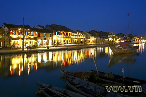 Hoi An's old quarter, a harmonious blend of history, culture, and human life