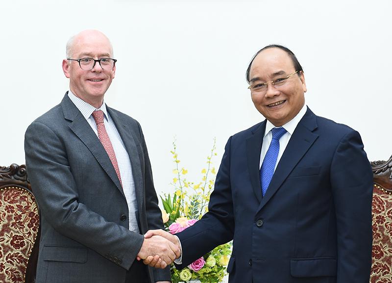 Prime Minister receives IMF chief representative in Vietnam