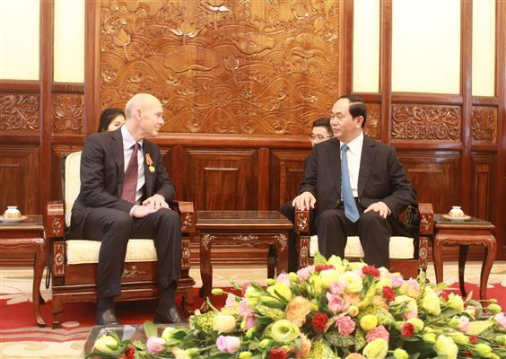 President Tran Dai Quang receives World Vision International Chief Kevin Jenkins