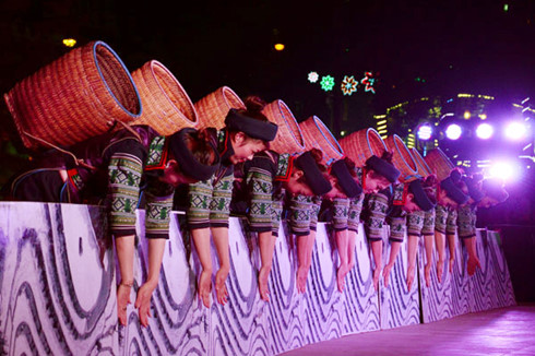 Culture, Sports, and Tourism Festival of north-western ethnic groups opens