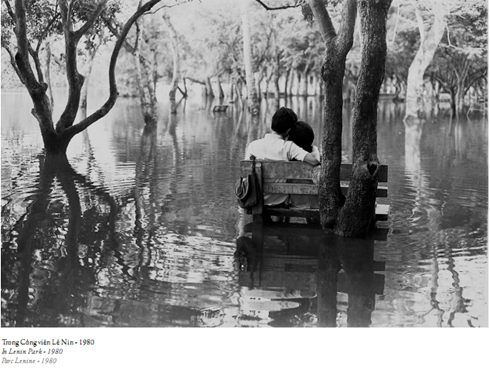 Huu Bao – Photographer of Hanoi's daily life