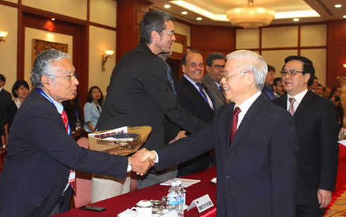 Party leader receives representatives of foreign communist, workers' parties