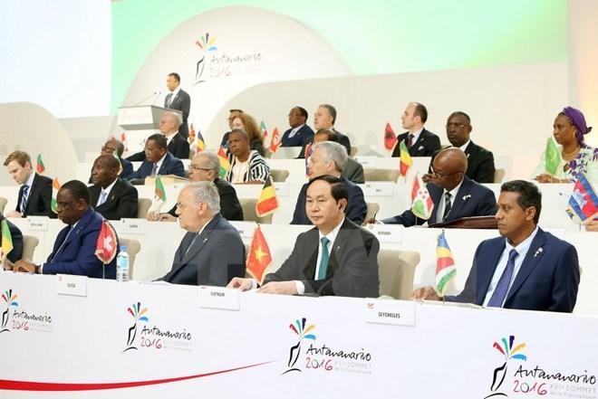 16th Francophone Summit closes