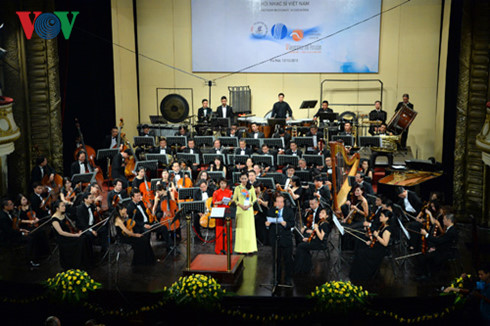 "Hanoi Opera House ""elevates its game"""