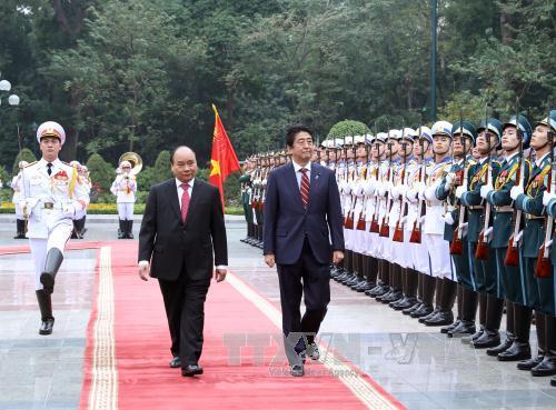Vietnamese, Japanese Prime Ministers hold talks