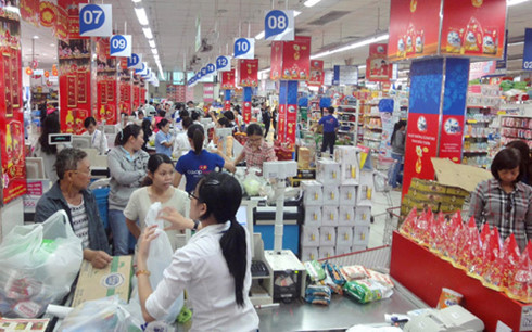 Vietnamese prefer locally-made products for Tet