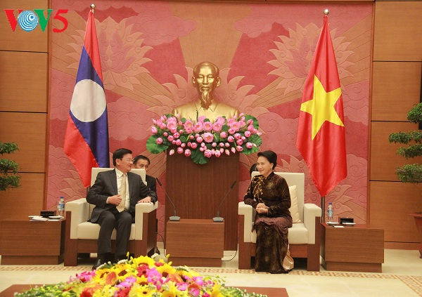 National Assembly Chairwoman receives Lao Prime Minister