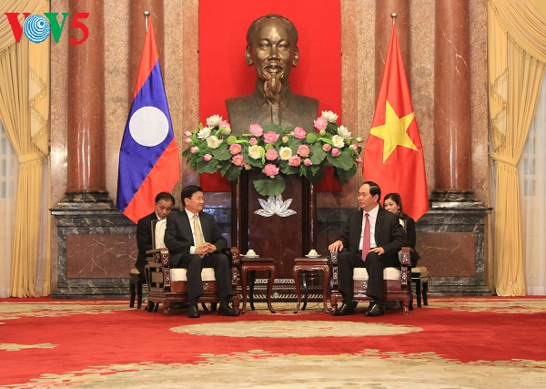 President Tran Dai Quang: Vietnam strongly supports Laos' reform