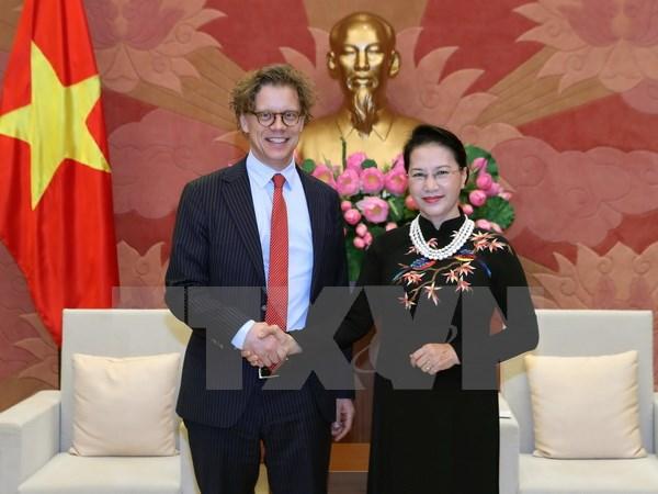 NA Chairwoman receives Swedish, Hungarian ambassadors