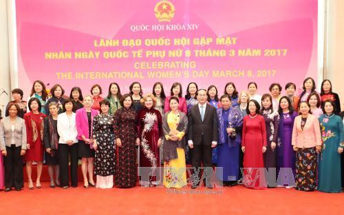 NA Chairwoman meets female ambassadors, chief representatives