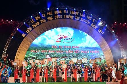 Prime Minister opens Buon Ma Thuot Coffee Festival