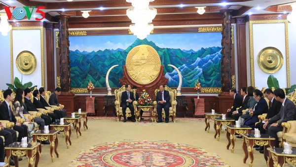 Lao President praises cooperation between the two Presidential Offices