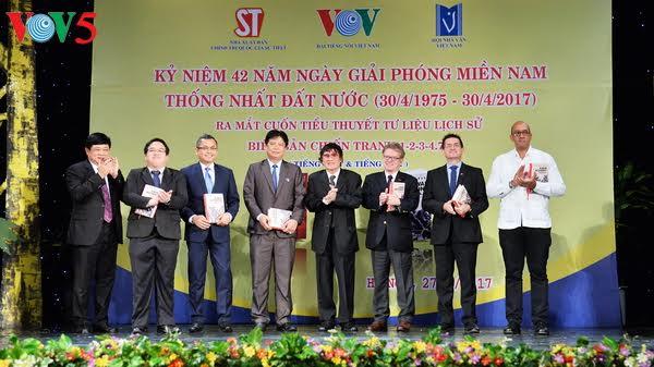 "Journalist-writer Tran Mai Hanh's historical-documentary novel ""A War Account 1-2-3-4.75"""