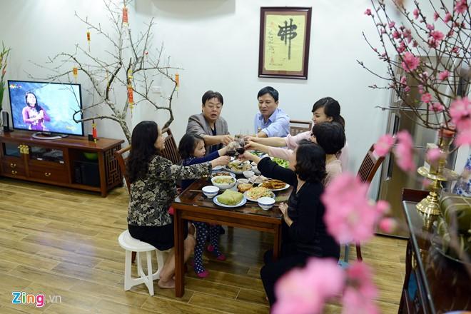 越南人家庭生活中年尾的最后一个下午